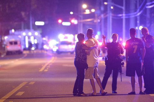 pulse-orlando-shooting-001_custom-afcf8cd831a4547d9b4465462bcea412bd660ffd-s900-c85