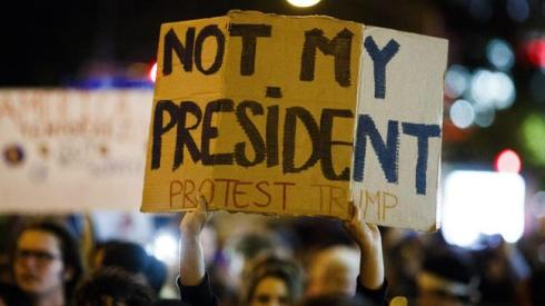 ct-photos-donald-trump-protests-20161109