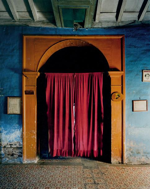 cortina_roja