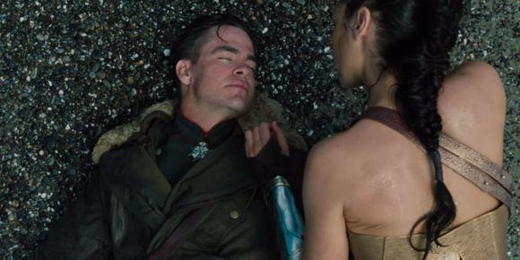 Wonder-Woman-Comic-Con-Trailer-Breakdown-Steve-Diana-Washed-Ashore
