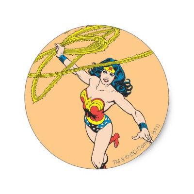 wonder_woman_holds_lasso_2_classic_round_sticker-rf6cfc9a11ec94291ba7499b08ead0a48_v9waf_8byvr_400